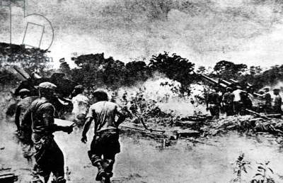 BAY OF PIGS INVASION: Cuban soldiers fire artillary on Cuban rebels, April 1961