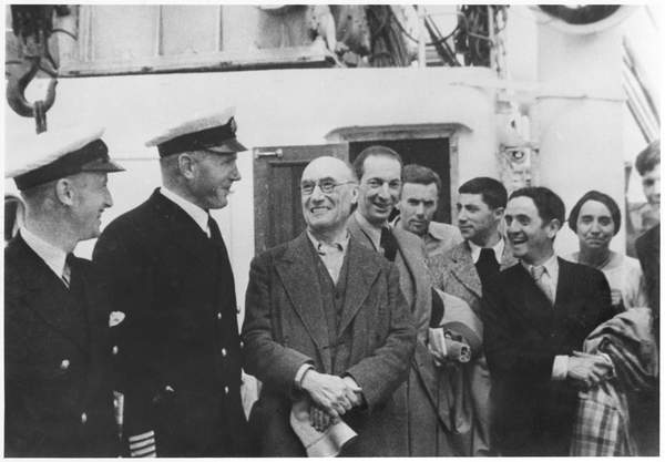 Image of Andre Gide while travelling in USSR, with Jacques Schiffrin, Pierre Herbart, Eugene Dabit, Louis Guilloux and Elisabeth van Rysselberghe (L to R) 1936 (b/w photo), French Photographer, (20th century) / French, Bibliothèque Littéraire Jacques Doucet, Paris, France, © Archives Charmet / Bridgeman Images.