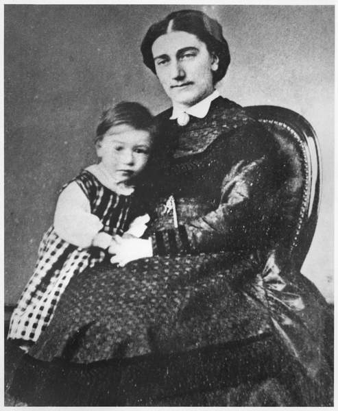 Image of Madame Gide with André Gide, 1872 (b/w photo), French Photographer, (19th century) / French, Bibliothèque Littéraire Jacques Doucet, Paris, France, Juliette Rondeaux (d.1895); converted to Protestantism; Andre Gide (1869-1951); French writer;© Archives Charmet / Bridgeman Images