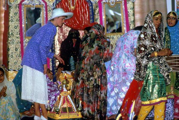 Diana, Princess of Wales, in Oman, November 1986 (photo), Diana Spencer (1961-97) Princess of Wales / © Bridgeman Images