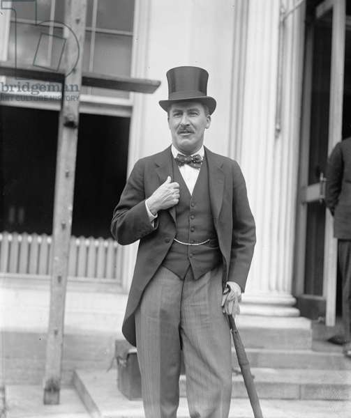 Howard Carter at the White House to meet President Coolidge, 1924 (b/w photo)