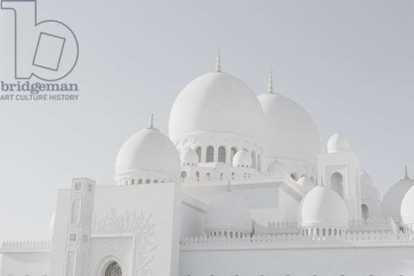 Sheikh Zayed Grand Mosque side view