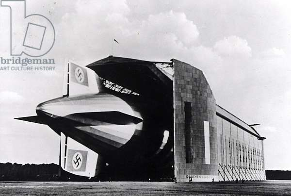 The Airship LZ129 Hindenburg in its hangar in Frankfurt (b/w photo)