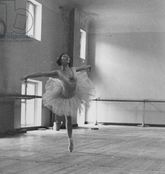Rimma Karelskaya in Swan Lake, rehearsal at the Bolshoi Theatre, Moscow, 1960s (b/w photo)