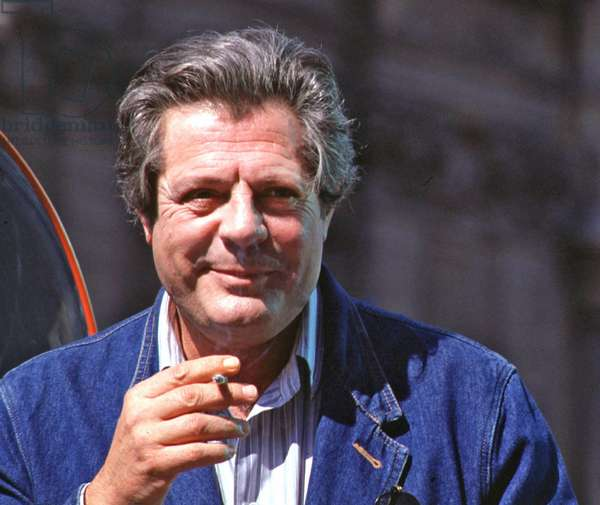 Marcello Mastroianni on set, Rome, 1992 (photo)