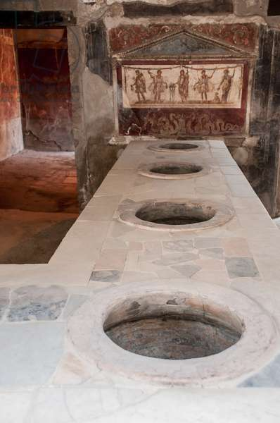 Europe, italy, campania, pompei, thermopolium ©Lanzellotto Antonello/AGF/Leemage