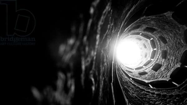 Luz no Poço Iniciático