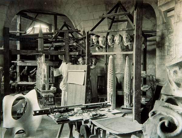 Sculpture and model workshop of Antonio Gaudi, 1936 (b/w photo)