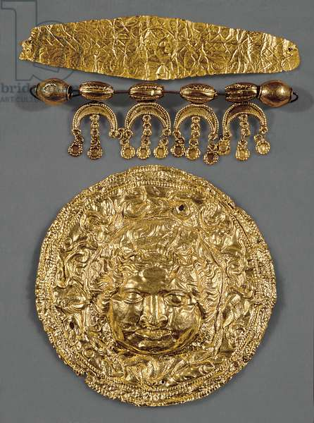 Disc with the head of Medusa (gold)