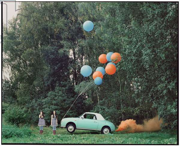The Twins and the Green Car - 6, 2015, (photography)