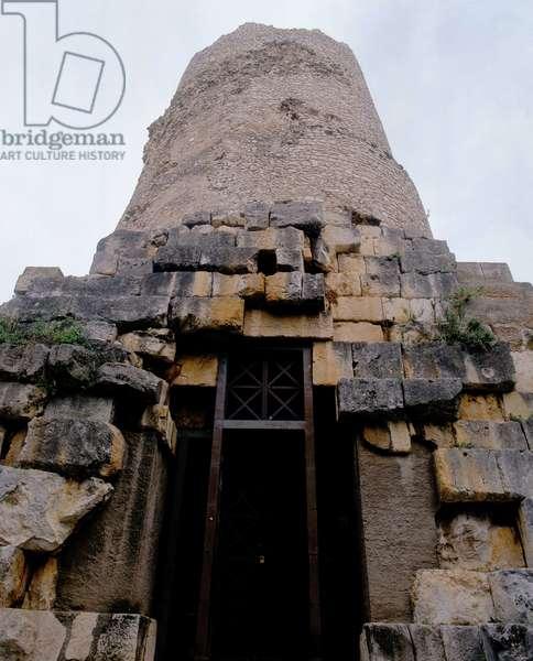 The Tomb of Cicero (photo)