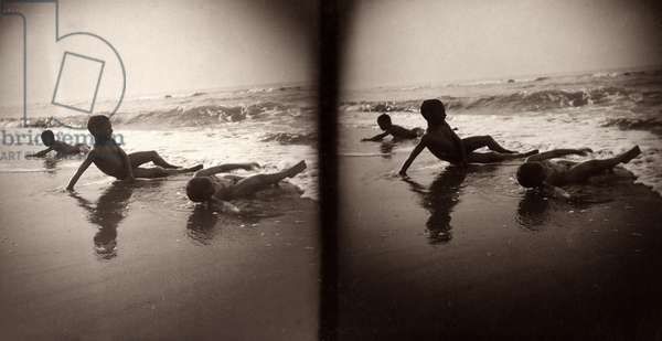 Three children on the shoreline, Abruzzo, c.1890-1900 (gelatin silver print)