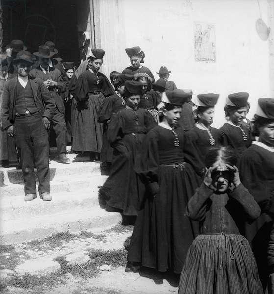 Leaving the church near Pescara, 1880-90 (b/w photo)