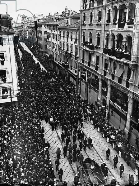 Funeral of the Archduke of Austria Franz Ferdinand, on 2 July 1914 (b/w photo)