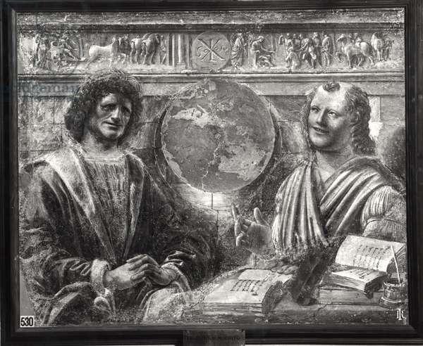 Heraclitus (c.535-c.475 BC) and Democritus (c.460-c.370 BC) from a fresco originally in the 'Sala dei Baroni' of Palazzo Panigarola, c.1500 (fresco) (b/w photo)