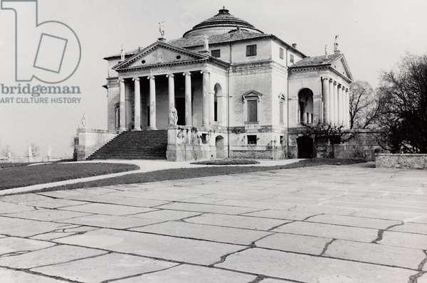 View of Villa Almerico-Capra, called La Rotonda, in Vicenza