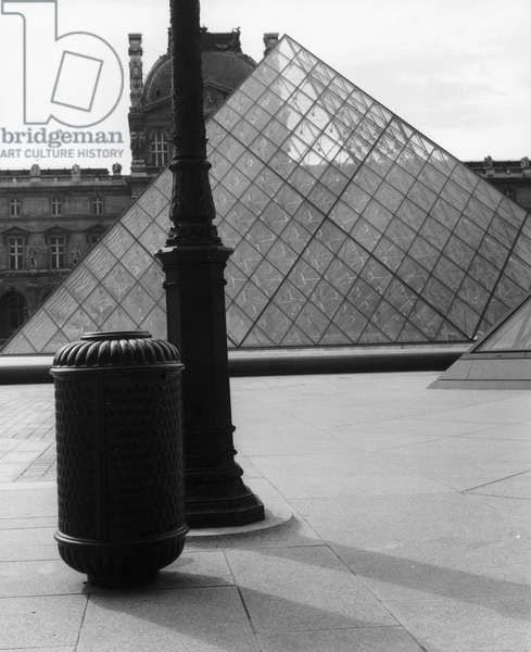 Louvre Museum in Paris: the pyramid of I. Ming Pei (b/w photo)