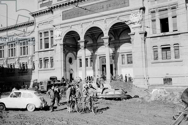 The National Library after the flood of Florence, November 1966 (b/w photo)