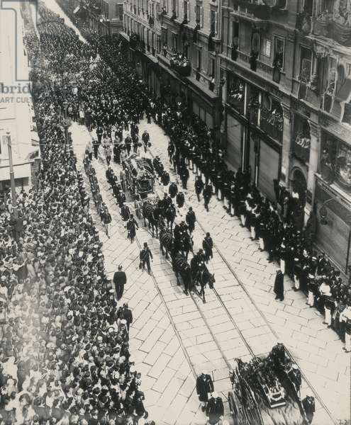 Funerals of Archdukes Franz Ferdinand of Austria and his wife were killed in Sarajevo July 28, 1914; 02/07/1914 (b/w photo)