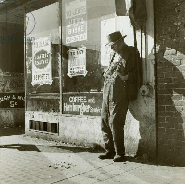 Unemployed, Howard Street, San Francisco, February 1939, 1939 (gelatin silver print)