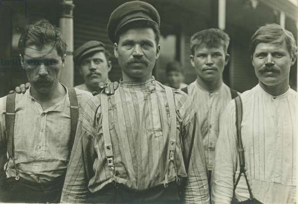 Steelworkers at Russian Boarding House, Homestead, Pennsylvania, 1907-8 (gelatin silver print)