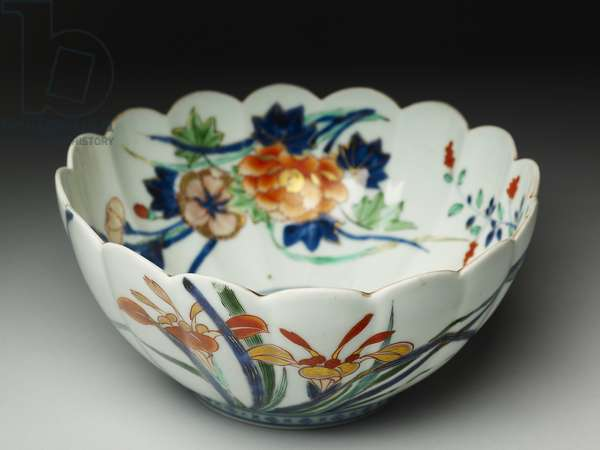 Bowl with fluted sides and a scalloped rim, ko-Imari ware, c.1770-20 (earthenware with blue underglaze and overglaze enamel)