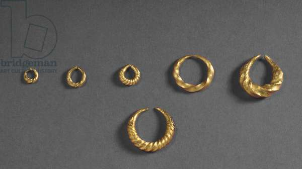 Jewellery from Fresn-la-Mere, France (gold)