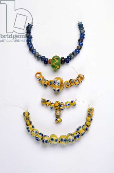 Bead necklaces, Iron Age (glass)