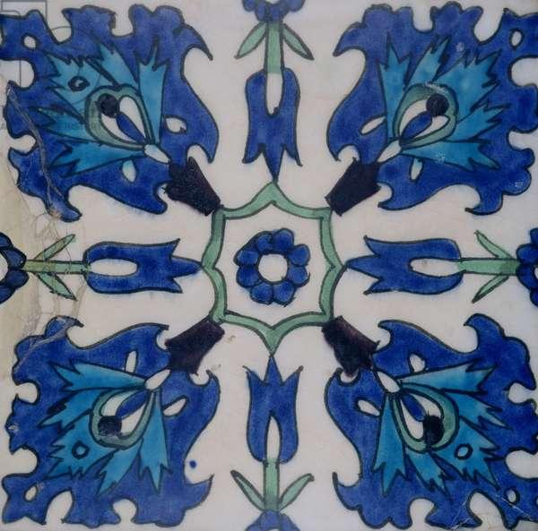 Isnik tile with floral design (earthenware with coloured underglaze)