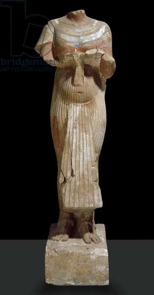 Statue of Akhenaten, view of front