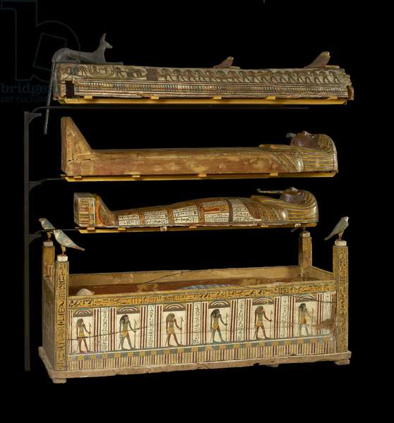 Djeddjehutefankh, complete mummy in inner coffin (wood & bone)