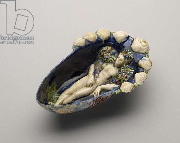 Dish (glazed ceramic)