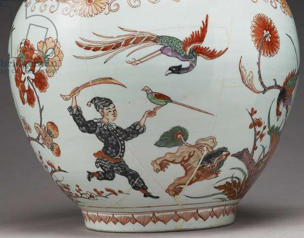 Large bottle vase, decorated in Holland in the Imari style, Ko-Imari, late 17th century (earthenware with enamels overglaze) (detail of 117741)