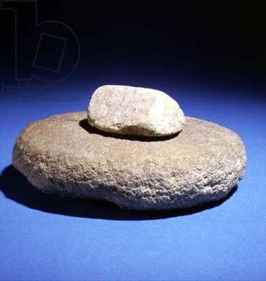 Grindstone and grinder (stone)