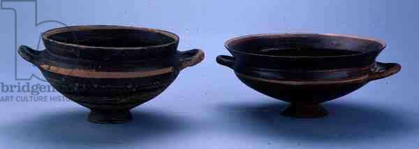 Two cups from Al Mina, Archaic period, c.7th century BC (earthenware)