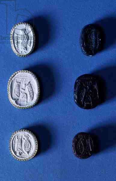 Seals and impressions of the Lyre group, c.750-700 BC (black stone)