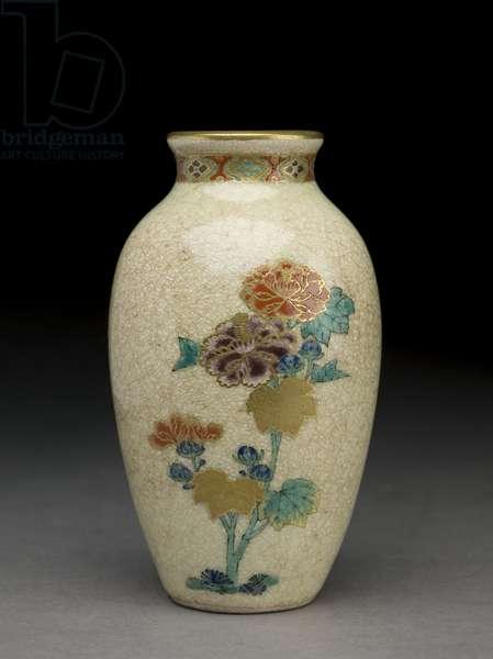 Vase, late 19th century (satsuma earthenware with overglaze enamels)