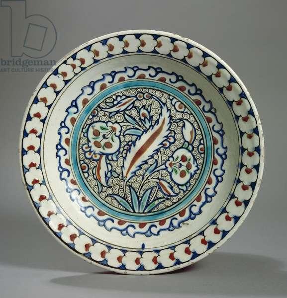 Stone-paste plate, Iznik, Turkey (ceramic)