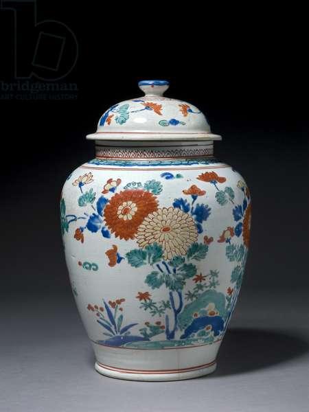 Jar with cover, c.1670-80 (kakiemon porcelain)