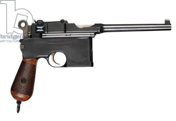 Pistol, 1900 (photo)
