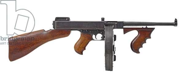 Centrefire self-loading submachine gun, 1921 (photo)