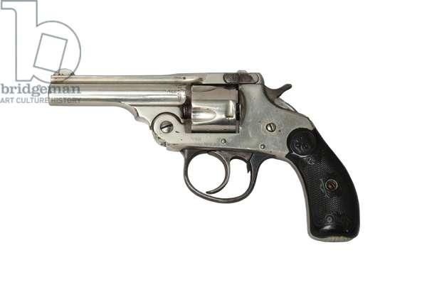 Centrefire five-shot revolver,  (photo)