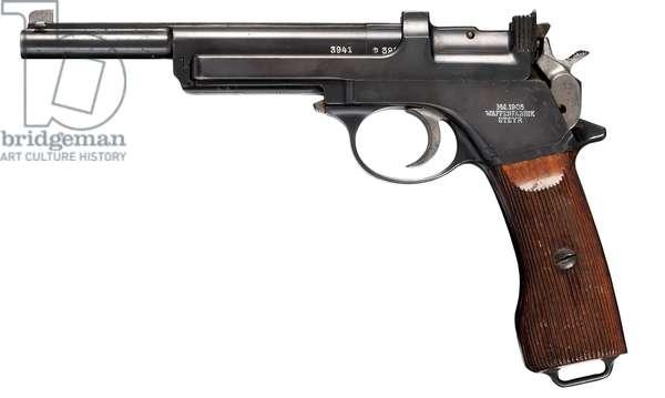 Pistol, 1905 (photo)