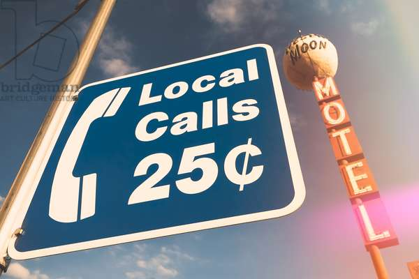 LOCAL CALLS - Las Vegas motel , 2008  , (photograph)