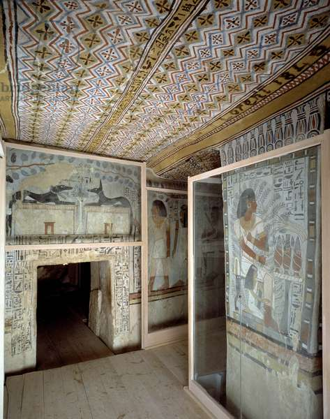 Valley of the Nobles: Decor of the Square Hall with the entrance, Thebes - Sheikh Abd el-Qurna, Tomb of Sennefer (n° 96)