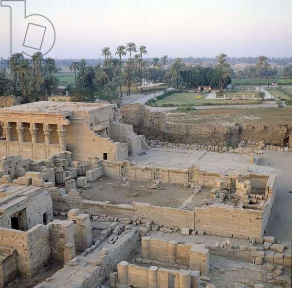 Denderah Temple of Hathor West Side Decorations