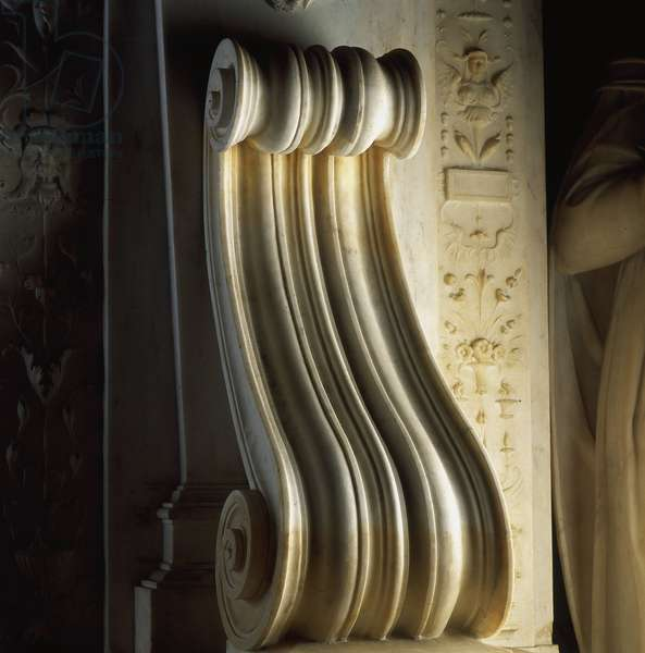 Volute of the mausoleum of Jules II (Giuliano della Rovere or Julien della Rovere, Pope under the name of Jules II, 1443-1513). Church of San Pietro in Vincoli. Marble sculpture by Michelangelo Buonarroti called Michelangelo (Michelangelo or Michelangelo, 1475 - 1564), 1513-1545. Rome, Italy.