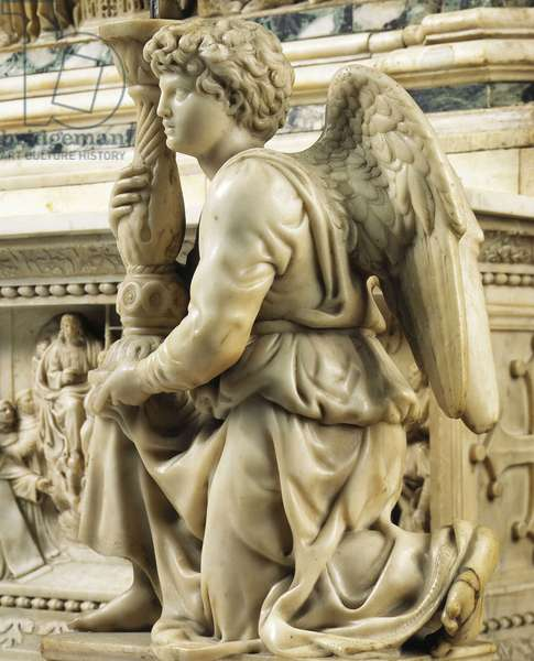 Angel wearing a candelabra. Renaissance sculpture by Michelangelo Buonarroti, known as Michelangelo Angelo (Michelangelo or Michelangelo, 1475-1564) and Tommaso Boscoli, 1495. Church of San Domenico, Bologna.