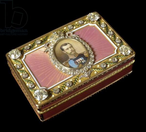 Snuffbox of Tsar Nicholas II (1868-1918) made by Pierre-Karl (Pierre Karl) Faberge (1846-1920), Russian jeweler. Private Collection