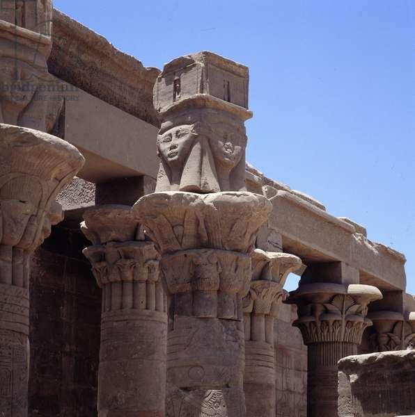 Philae: Temple of Isis, Hathoric Chapiteau